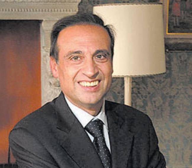 ERNESTO PAOLILLO DALLA FINANZA AL CALCIO: RIPRESA DEL CAMPIONATO E DELLE COPPE EUROPEE POST COVID-19